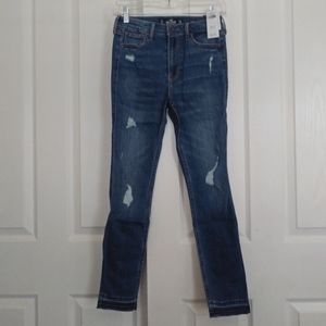Hollister High Rise Distressed Skinny Jean Nwt 25